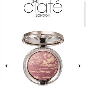Ciaté - Marbled Light Illuminating Blusher